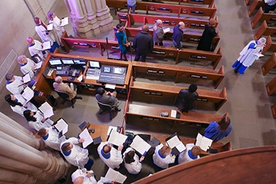 The AV console with the choir around it