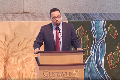 Dean Powery speaks at Gustavus Adolphus College